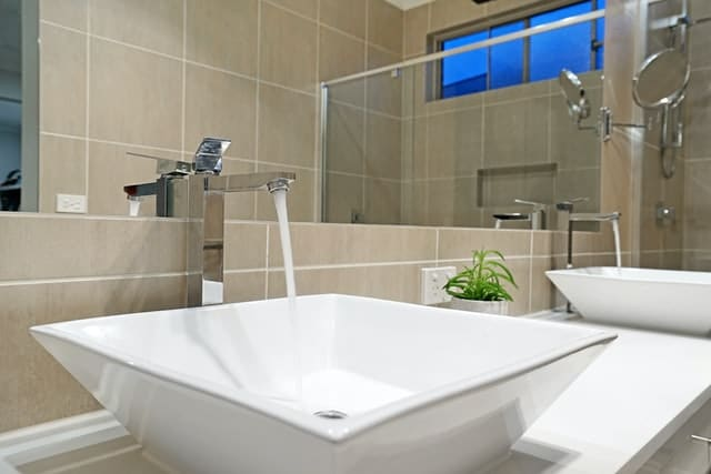 Bathroom cleaning in Sunshine Coast by Trem Clean